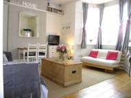 Studio apartment in SOUTH WIMBLEDON -...