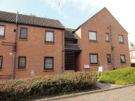 1 bedroom Ground Flat in Prince Of Wales Close...