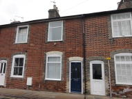 Cottage to rent in Kings Road...