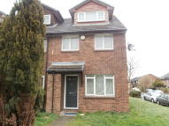 Flat in Amanda Close, Chigwell...
