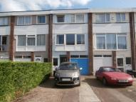 Town House for sale in Robinia Close, Hainault...