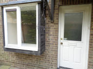 1 bed Terraced property in Amanda Close, Chigwell...