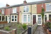 2 bed Terraced house to rent in Park View, Newcastle