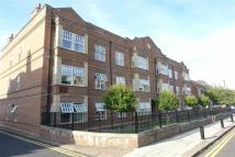 Hawthorn Court Flat to rent