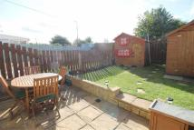 3 bed Terraced house in Sheen Court, Newcastle...