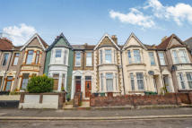4 bed home to rent in Frith Road, E11