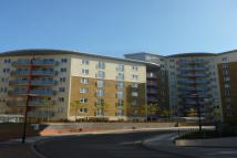 2 bedroom Flat in Fabian Bell Tower, Bow...