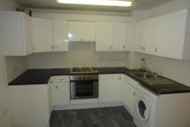 Flat to rent in Fords Park Road...