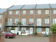 4 bed Town House in Arctic Road, Cowes, PO31