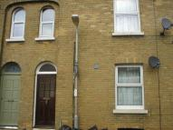 1 bed Flat to rent in Station Road, Sandown...