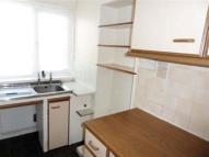 Maisonette to rent in St. Johns Road, Ryde...
