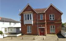 Ground Flat to rent in Beachfield Road, Sandown...
