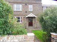 2 bed Ground Flat in High Park House Great...