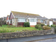 Detached Bungalow to rent in Tilbury Road, Cowes...