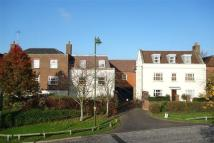 Flat to rent in Mitre Court, Horsham