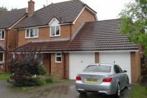 4 bedroom Detached property in HORSHAM
