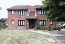 Flat in Trenear Close, Horsham
