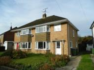 3 bed house to rent in Hillmead, Horsham