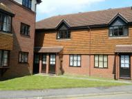Flat to rent in Fishers Court, Horsham