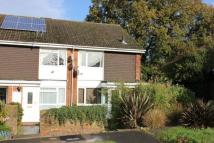 Maisonette to rent in Sycamore Avenue, Horsham