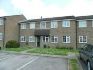 Flat to rent in Hazelhurst Crescent...