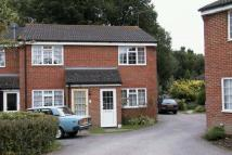 2 bedroom property to rent in Woodhatch, Southwater