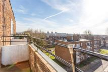 2 bedroom Apartment to rent in Greatfield Close, LONDON