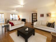 Sandringham Court Penthouse to rent