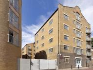 3 bed Flat in 59 St Marychurch Street...