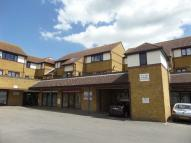 Flat to rent in Hedingham Place ...