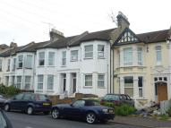 Studio flat to rent in Southchurch Avenue...