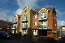 2 bed Flat to rent in Ambleside Drive...