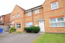 Town House in Skipness Close...