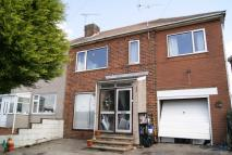 4 bedroom semi detached house to rent in Highwood Ave, Bargate...
