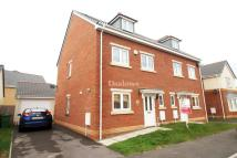 3 bed semi detached house in Wyncliffe Gardens...