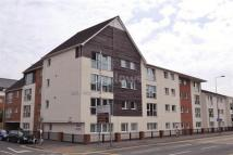 Flat to rent in Lock Keepers Court...