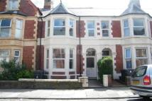 Flat to rent in Claude Place
