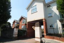 2 bedroom Flat in Clive Road, Canton