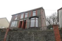 3 bedroom semi detached house in Hamilton Street...