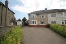 3 bed semi detached property in Weekes Close