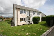 Flat to rent in Penlan