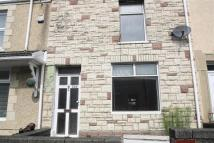 Terraced property to rent in Swansea