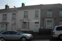 Terraced house to rent in Manselton
