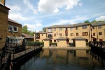 Flat for sale in Morden