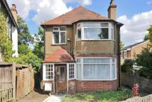 3 bedroom Detached house in Carshalton