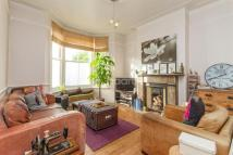 Apartment in Cavendish Road, SW12
