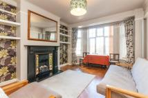2 bed Detached property to rent in Macaulay Road, SW4