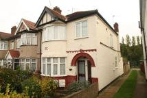 1 bedroom Flat in Church Drive
