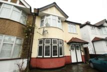 2 bedroom Maisonette for sale in Fairfield Crescent