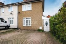 3 bed semi detached house in Littlefield Road
